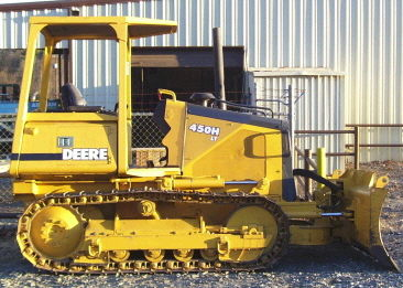 Where to find BULLDOZER, 450H JOHN DEERE in White Oak